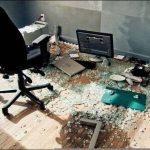 computer-table-fail-1gbp